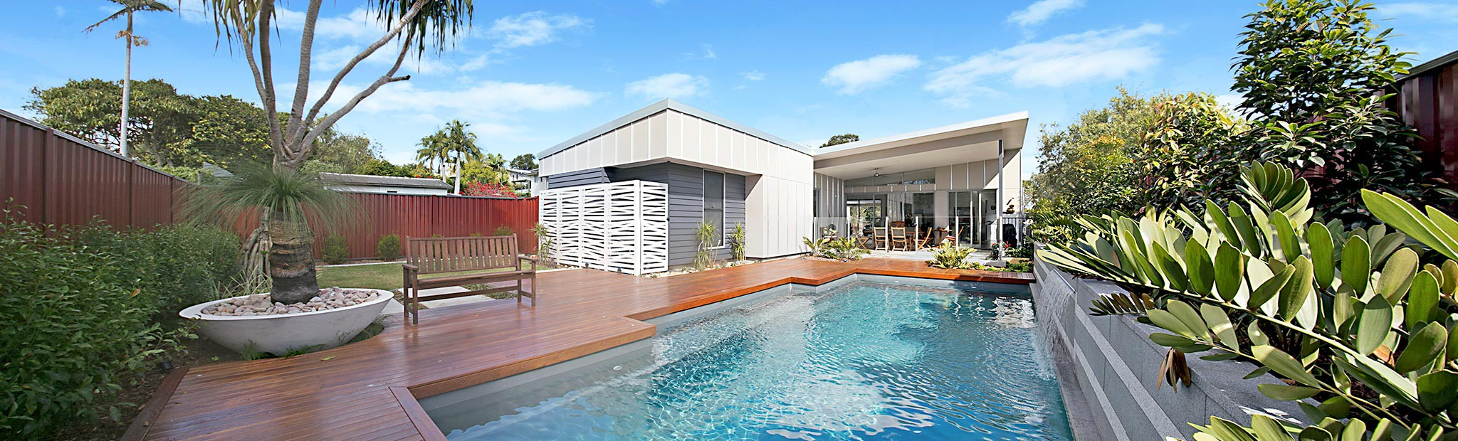 Landscape brisbane landscaping design for Pool design brisbane