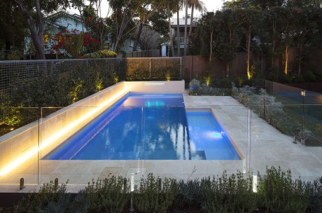 Pool Build, Hendra